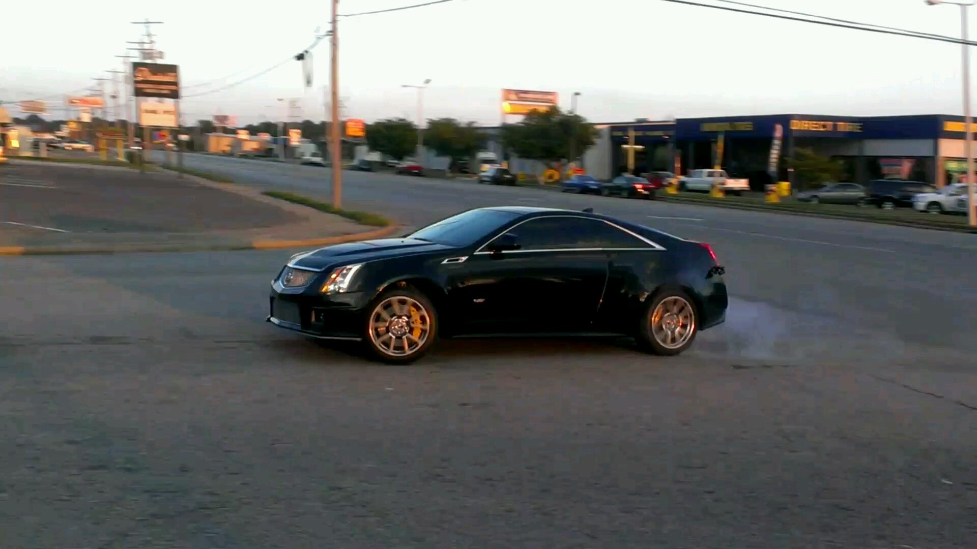 CTS-V Coupe powerslide